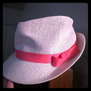 Accessories - Fashionable Straw Hat
